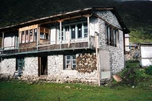 Kyanjin Gompaの宿