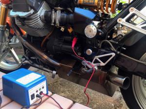 バイクのバッテリーチャージ